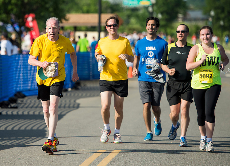 UNITED STATES - MAY 20: Sen. Chuck Grassley, R-Iowa, nears the finish line on the 3-mile ACLI Capital Challenge race at Anacostia Park in Washington on Wednesday, May 20, 2015. (Photo By Bill Clark/CQ Roll Call)