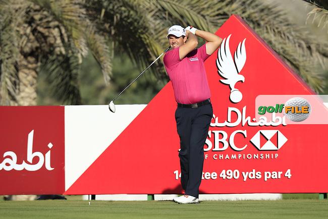 Padraig Harrington (IRL) tees off the 14th tee during Friday's Round 2 of the Abu Dhabi HSBC Golf Championship at Abu Dhabi Golf Club, 18th January 2013 (Photo Eoin Clarke/www.golffile.ie)