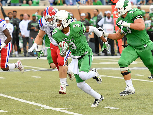 DENTON, TX: 5 North Texas Mean Green Football v Louisiana Tech Bulldogs at Apogee Stadium in Denton Tx on November 5, 2016 in Denton Texas (Photo by Rick Yeatts Photography/ Manny Flores) NOVEMBER 5: Mean Green Football v Louisiana Tech at Apooge Stadium in Denton on November 5, 2016 in Denton Texas. (Photo Rick Yeatts