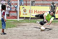 SÃO PAULO,SP,26.10.2013 - II JOGO BENEFICIENTE VETERANOSJUVENTUS x CRAQUES DO FUTEBOL BRASILEIRO -  O ex goleiro Zetti durante o II Jogo Beneficente realizado na manhã de hoje (26)  no Estádio da Rua Javari.( Foto Ale Vianna/Brazil Photo Press).