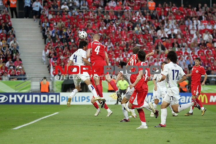 FIFA WM 2006 - Gruppe G ( Groupe G )<br /> Play  #46 (23-Jun) - Schweiz vs Suedkorea in Hannover<br /> Hier das 1-0 per Kopfball durch den Schweizer Philippe Senderos #4 <br /> <br /> <br /> Foto &copy; nordphoto <br /> <br />  *** Local Caption ***