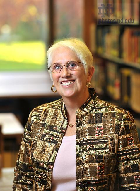 Associate Librarian Collette Mak for Access newsletter..Photo by Matt Cashore/University of Notre Dame