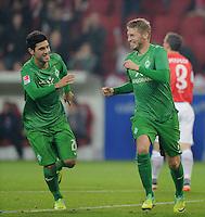 FUSSBALL   1. BUNDESLIGA  SAISON 2011/2012   11. Spieltag   29.10.2011 1.FSV Mainz 05 - SV Werder Bremen JUBEL Werder Bremen;  Mehmet Ekic (li) und  Torschuetze zum 1-2 Aaron Hunt