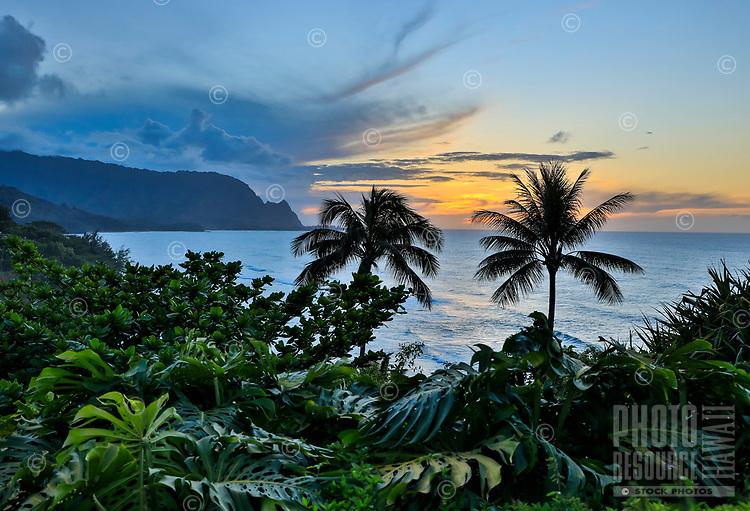Sunset over Hanalei Bay, north shore of Kaua'i.