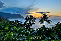 Sunset over Hanalei Bay, north shore of Kaua'i.