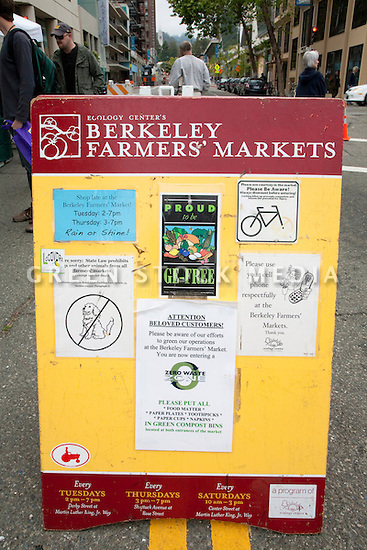 Bulletin Board at Ecology Center's Berkeley Farmers' Market which prides itself on being a 'Zero Waste Zone' and prohibiting genetically modified foods. Berkeley, California, USA