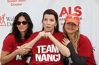 LOS ANGELES, CA - OCTOBER 16: Courteney Cox, Nanci Ryder, Renee Zellweger at the ALS Association Golden West Chapter Los Angeles County Walk To Defeat ALS at Exposition Park in Los Angeles, CA on October 16, 2016. Credit: David Edwards/MediaPunch