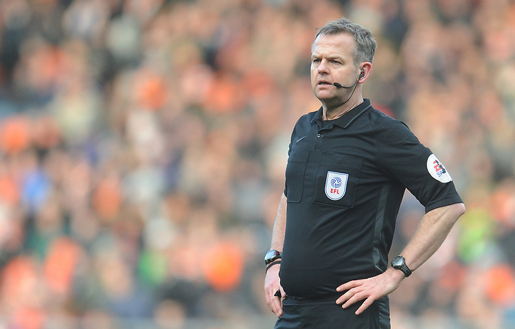 Referee Chris Sarginson<br /> <br /> Photographer Kevin Barnes/CameraSport<br /> <br /> The EFL Sky Bet League One - Blackpool v Southend United - Saturday 9th March 2019 - Bloomfield Road - Blackpool<br /> <br /> World Copyright © 2019 CameraSport. All rights reserved. 43 Linden Ave. Countesthorpe. Leicester. England. LE8 5PG - Tel: +44 (0) 116 277 4147 - admin@camerasport.com - www.camerasport.com