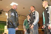 WWE Superstar Ryback kann verletzungsbedingt nicht das Match gegen GHW Champion Sasa Keel (M.) absolvieren - 22.04.2017: GHW Kampfabend mit WWE-Superstar Ryback