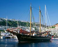 Spanien, Kanarische Inseln, Gran Canaria, Puerto Rico: Segeltoern fuer Touristen | Spain, Canary Island, Gran Canaria, Puerto Rico: sailing trip for tourists