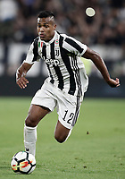 Calcio, Serie A: Torino, Allianz Stadium, 23 settembre 2017. <br /> Juventus' Alex Sandro in action during the Italian Serie A football match between Juventus and Tori0i at Torino's Allianz Stadium, September 23, 2017.<br /> UPDATE IMAGES PRESS/Isabella Bonotto