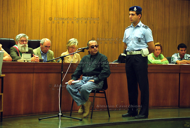 6 LUG 2000 Milano: processo per la Strage di p.zza Fontana, deposizione del neofascista VINCENZO VINCIGUERRA.JUL 6 2000 Milan: trial for the piazza Fontana slaughter, deposition of the neofascist VINCENZO VINCIGUERRA