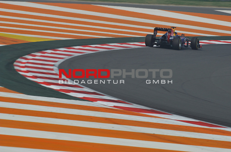25.-27-10-2013, Jaypee-Circuit, Noida, IND, F1, Grosser Preis von Indien, Noida, im Bild Sebastian Vettel (GER), Red Bull Racing <br />  Foto &copy; nph / Mathis