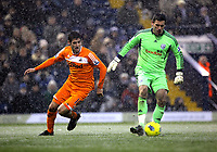 Pictured L-R: Danny Graham of Swansea against Ben Foster goalkeeper for West Bromwich. Saturday, 04 February 2012<br />