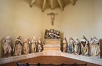 Europe/France/Midi-Pyrénées/81/Tarn/Monesties:Statues de la Chapelle Saint-Jacques ou Chapelle de l'Hopital- Groupe de  20 Statues datant de 1490 en pierre polychrome