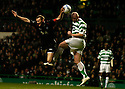 26/11/2005         Copyright Pic : James Stewart.File Name : sct_jspa08 celtic v dunfermline.JOHN HARTSON HEADS THE BALL AGAINST SCOTT WILSON'S HAND........Payments to :.James Stewart Photo Agency 19 Carronlea Drive, Falkirk. FK2 8DN      Vat Reg No. 607 6932 25.Office     : +44 (0)1324 570906     .Mobile   : +44 (0)7721 416997.Fax         : +44 (0)1324 570906.E-mail  :  jim@jspa.co.uk.If you require further information then contact Jim Stewart on any of the numbers above.........