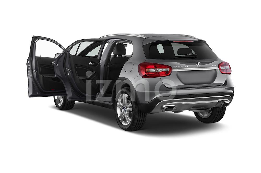 Car images of2015 Mercedes Benz GLA 250 4Matic Exclusiefpakket 5 Door SUV Doors