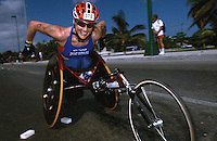 09 NOV 2002 - CANCUN, MEX - Paula Craig (GBR) - ITU World AWAD Triathlon Championships (PHOTO (C) NIGEL FARROW)