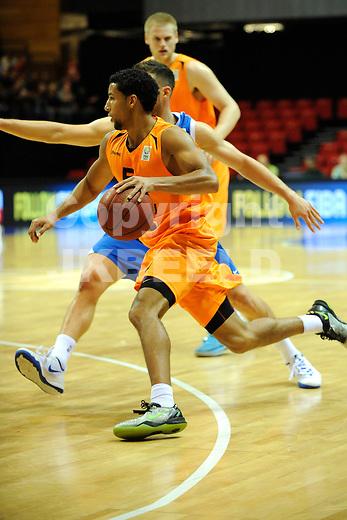 GRONINGEN  Basketbal, Nederland - Israel, Martiniplaza, EK kwalificatie ,  seizoen 2014-2015, 13-08-2014,  Leon Williams