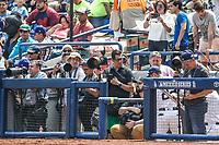 Fotografos de Monterrey. Reuters. <br /> Acciones del partido de beisbol, Dodgers de Los Angeles contra Padres de San Diego, tercer juego de la Serie en Mexico de las Ligas Mayores del Beisbol, realizado en el estadio de los Sultanes de Monterrey, Mexico el domingo 6 de Mayo 2018.<br /> (Photo: Luis Gutierrez)