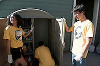 Door of Hope Pasadena. Occidental College's MLK Day of Service on Saturday, Jan. 28, 2012. Students, staff and alumni volunteered their day to help in the community. (Photo by Marc Campos, Occidental College Photographer)
