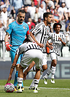 Calcio, Serie A: Juventus vs Palermo. Torino, Juventus Stadium, 17 aprile 2016.<br /> Juventus&rsquo; Sami Khedira, right, reacts after scoring during the Italian Serie A football match between Juventus and Palermo at Turin's Juventus Stadium, 17 April 2016.<br /> UPDATE IMAGES PRESS/Isabella Bonotto