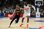 Real Madrid´s Slaughter and Barcelona´s Navarro during Liga Endesa Final first match at Palacio de los Deportes in Madrid, Spain. June 19, 2015. (ALTERPHOTOS/Victor Blanco)