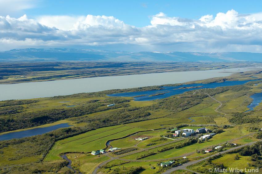 Eiðar og Lagarfljót séð til norðvesturs, Eiðahreppur, Fljótsdalshérað / .Eidar and river Lagarfljot viewing northwest, Eidahreppur.