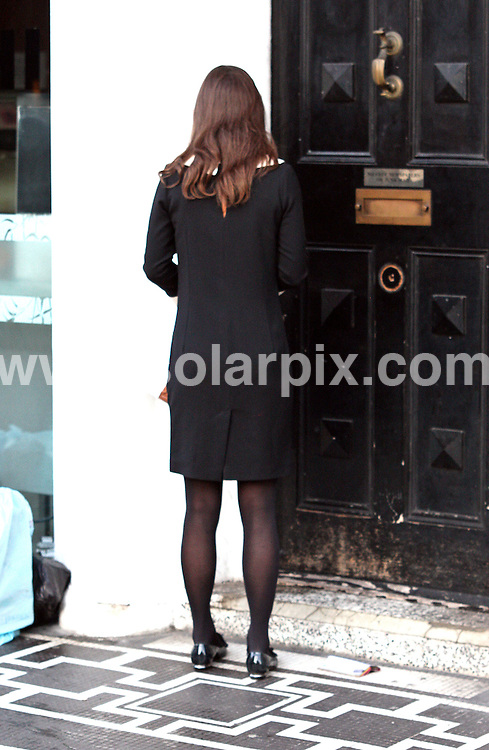 **ALL ROUND PICTURES FROM SOLARPIX.COM**                                             **WORLDWIDE SYNDICATION RIGHTS**                                                                                  Caption:  Pippa Middleton out this morning getting a coffee in south kensington in London                                                                             This pic: Pippa Middleton                                                                                             JOB REF:14291        WMB       DATE: 12.12.2011                                                           **MUST CREDIT SOLARPIX.COM OR DOUBLE FEE WILL BE CHARGED**                                                                      **MUST AGREE FEE BEFORE ONLINE USAGE**                               **CALL US ON: +34 952 811 768 or LOW RATE FROM UK 0844 617 7637**