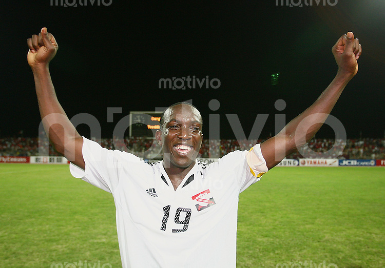 Fussball International WM Qualifikation Bahrain 0-1 Trinidad und Tobago JUBEL; Trinidad und Tobago Kapitaen Dwight York