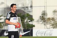 SAO PAULO, SP 16 JULHO 2013 - TREINO CORINTHIANS - O jogador do Corinthians Chicão, treinou na tarde de hoje, 20, no Ct. Dr. Joaquim Grava, na zona leste de São Paulo. FOTO: PAULO FISCHER/BRAZIL PHOTO PRESS