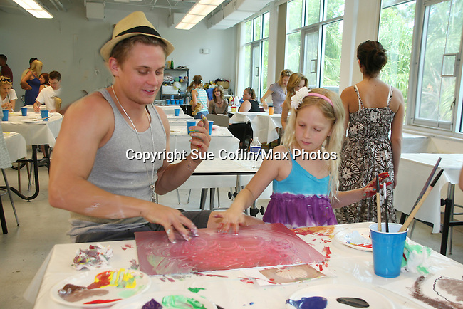 Thorsten Kaye - All My Children watches his daughter McKenna and Billy Magnussen paint as he donates his time at the 12th Annual SoapFest - Painting Party to benefit Marco Island YMCA, theatre program & Art League of Marco Island on May 15, 2010 on Marco Island, FLA. (Photo by Sue Coflin/Max Photos)