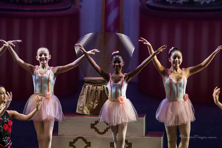 "Cary Ballet Company, ""Visions of Sugarplums"", Sat. Evening Performance, 19 Dec. 2015, Cary Arts Center, Cary, North Carolina."
