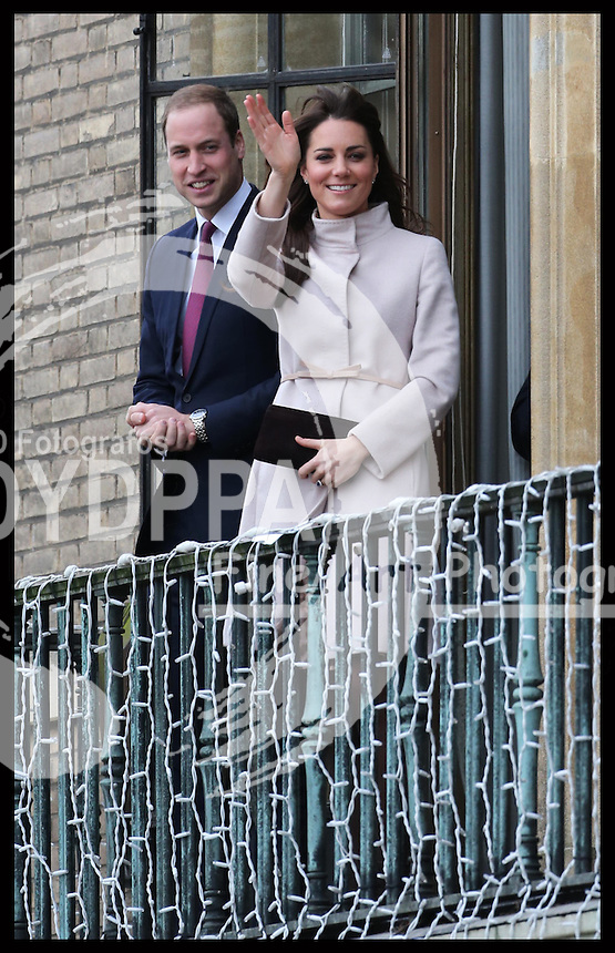 The Duke and Duchess of Cambridge on the balcony of  the Guildhall in Cambridge, Wednesday , 28th November 2012. .Photo by: Stephen Lock / i-Images / DyD Fotografos