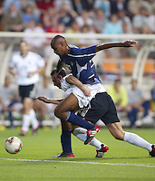 Eddie Pope fights for a loose ball. The USA lost to Germany 1-0 in the Quarterfinals of the FIFA World Cup 2002 in South Korea on June 21, 2002.
