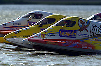 Mike Seebold (#11), Terry Rinker (#10), Alden Thornton (#18) race off the start dock..St.Louis Grand Prix, St.Louis,MO,USA 19 Aug.2001.Copyright©F.Peirce Williams 2001..F. Peirce Williams .photography.P.O.Box 455 Eaton, OH 45320.p: 317.358.7326  e: fpwp@mac.com.
