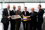 24.01.2018, Hamburg, Penthouse Elb-Panorama / Atlantic Haus<br />Beachvolleyball, Pressekonferenz FIVB World Championships / Weltmeisterschaft<br /><br />Frank Mackerodt (Promoter), Thomas Krone (PrŠsident / Praesident Deutscher Volleyball Verband DVV), Andy Grothe (Innensenator Hamburg), Hannes Jagerhofer (CEO Beach Majors Company), Dr. Ary Graca (PrŠsident / Praesident Volleyball Weltverband FIVB), Kira Walkenhorst (Nationalspielerin)<br /><br />  Foto © nordphoto / Kurth