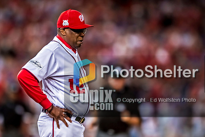6 October 2017: Washington Nationals Manager Dusty Baker stands on field during a play discussion during the first game of the NLDS against the Chicago Cubs at Nationals Park in Washington, DC. The Cubs shut out the Nationals 3-0 to take a 1-0 lead in their best of five Postseason series. Mandatory Credit: Ed Wolfstein Photo *** RAW (NEF) Image File Available ***