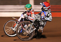 Heat 1: Edward Kennett (red) and Jason Crump (green) - Lakeside Hammers vs Belle Vue Aces at The Arena Essex Raceway, Lakeside - 10/09/08 - MANDATORY CREDIT: Rob Newell/TGSPHOTO