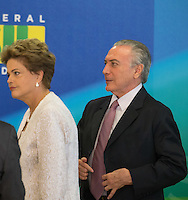 BRASILIA, DF, 02.10.2015 - DILMA-REFORMA -  A presidente Dilma Rousseff, com o vice-presidente, Michel Temer, ao final da declaração sobre a  reforma administrativa do<br /> Governo Federal, nesta sexta-feira, no <br /> Palácio do Planalto.(Foto:Ed Ferreira / Brazil Photo Press)