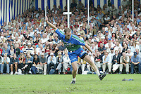 Kaatsen 150 jarige PC Franeker 30 juli 2003 Daniël Iseger aan de opslag