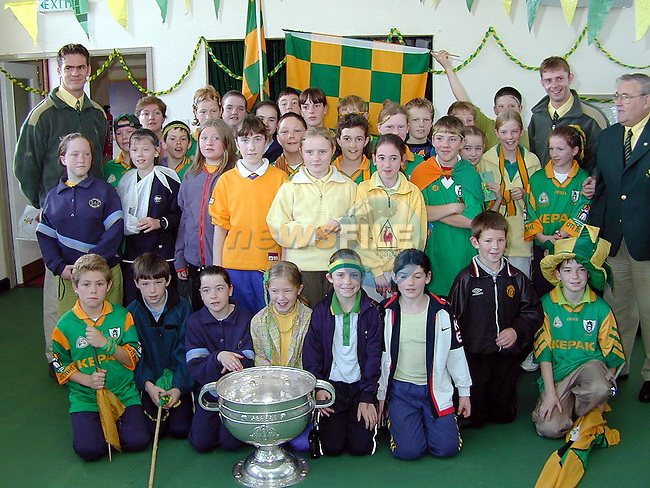 5th and 6th classes with Meath players Cormac Sullivan and Cormac Murphy when the Sam Maguire visited St. Patrick's National School, Stamullen on Friday..Picture Paul Mohan Newsfile