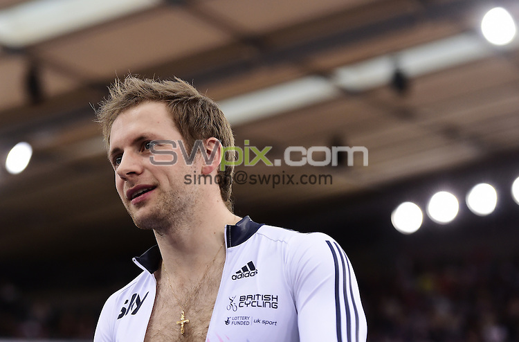 Picture by Alex Broadway/SWpix.com - 06/03/2016 - Cycling - 2016 UCI Track Cycling World Championships, Day 5 - Lee Valley VeloPark, London, England - Jason Kenny of Great Britain warms up prior to competing in the Men's Keirin.
