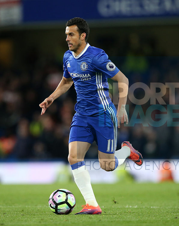 Chelsea's Pedro in action during the Premier League match at Stamford Bridge Stadium, London. Picture date: April 25th, 2017. Pic credit should read: David Klein/Sportimage