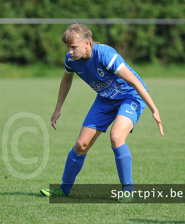 20160827 - ZWEVEZELE , BELGIUM : Genk's Aster Janssens pictured during the soccer match  in the 2nd round of the  Belgian cup 2017 , a soccer women game between SK Voorwaarts Zwevezele and RC Genk Ladies  , in Zwevezele , saturday 27 th August 2016 . PHOTO SPORTPIX.BE / DIRK VUYLSTEKE