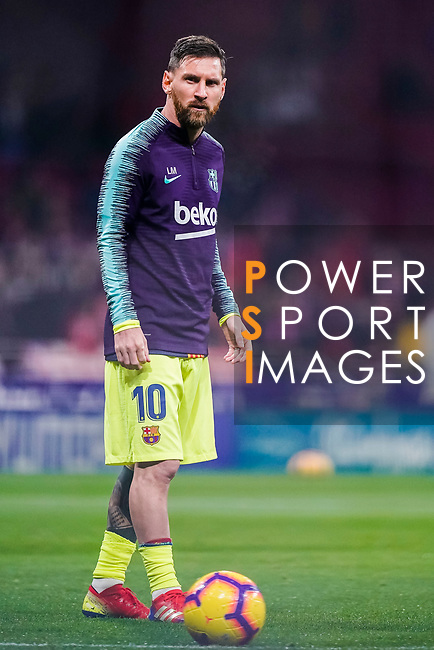 Lionel Messi of FC Barcelona warming up during the La Liga 2018-19 match between Atletico Madrid and FC Barcelona at Wanda Metropolitano on November 24 2018 in Madrid, Spain. Photo by Diego Souto / Power Sport Images