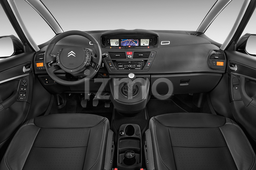 Straight dashboard view of a 2010 Citroen GRAND C4 PICASSO Millenium 5 Door Minivan 2WD