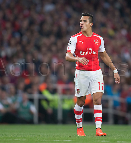 27.08.2014.  London, England. Champions League Qualifying 2nd Leg. Arsenal versus Besiktas. Arsenal's Alexis Sánchez sees his attempt go narrowly wide.