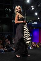 S&Atilde;O PAULO-SP-03.03.2015 - INVERNO 2015/MEGA FASHION WEEK -Adriane Galisteu/Grife Sant&iacute;ssima/<br /> O Shopping Mega Polo Moda inicia a 18&deg; edi&ccedil;&atilde;o do Mega Fashion Week, (02,03 e 04 de Mar&ccedil;o) com as principais tend&ecirc;ncias do outono/inverno 2015.Com 1400 looks das 300 marcas presentes no shopping de atacado.Br&aacute;z-Regi&atilde;o central da cidade de S&atilde;o Paulo na manh&atilde; dessa segunda-feira,02.(Foto:Kevin David/Brazil Photo Press)