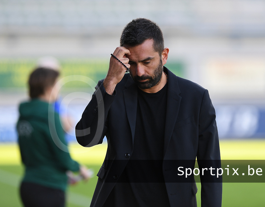 20190810 - DENDERLEEUW, BELGIUM : PAOK's head coach Spyridon Filippou pictured during the female soccer game between the Greek PAOK Thessaloniki Ladies FC and the Northern Irish Linfield ladies FC , the second game for both teams in the Uefa Womens Champions League Qualifying round in group 8 , Wednesday 7 th August 2019 at the Van Roy Stadium in Denderleeuw  , Belgium  .  PHOTO SPORTPIX.BE | DAVID CATRY